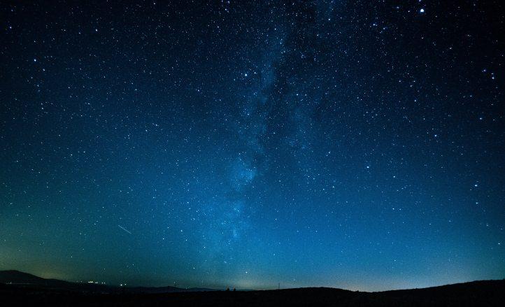 astronomy-cosmos-dark-733475
