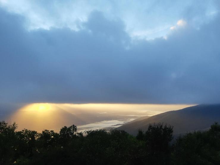 I cieli sopra Mozzacoda, Crocetta, stamattina